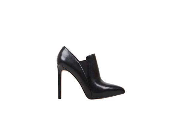 Nine West Black ankle booties